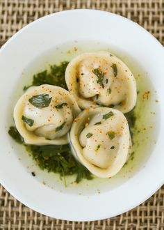 Thirsty For Tea Gyokuro Chicken Dumplings Tea Recipes, Baby Food Recipes, Asian Recipes, Chicken Recipes, Food Baby, Savoury Dishes, Tasty Dishes, Steam Buns Recipe, Dumpling Wrappers