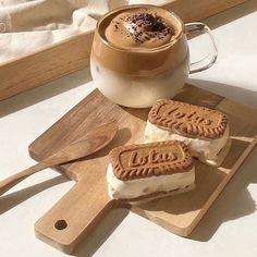 We Heart It, Milk Tea Recipes, Coffee Recipes, Desserts, Aesthetic Coffee, Aesthetic Food, Image, Pink Foods, Latte Recipe