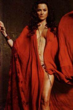 Lucretia  -  Lucy Lawless - Spartacus