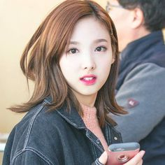 Nayeon from twice Kpop Girl Groups, Kpop Girls, Shinee, Korean Girl, Asian Girl, Twice Jyp, Nayeon Twice, Im Nayeon, Dahyun