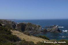 Portugal : coup d'envoi pour le nouveau sentier de grande randonnée par Sabrina P. Foucaud, Détours du monde 23.07.2013 | ... le balisage des 330 km de sentiers qui forment la Rota Vicentina est enfin terminé. C'est le moment de planifier une randonnée au Portugal !