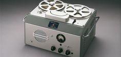 1950: negli USA sono introdotte le carte di credito, il latte inizia a essere consegnato porta a porta e #Sony lancia #GType, il primo tape recorder.
