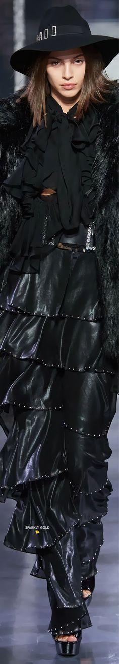 Azzaro Spring 2020 Couture Azzaro, All Fashion, Goth, Winter Jackets, Spring, Sexy, Leather, Black, Design