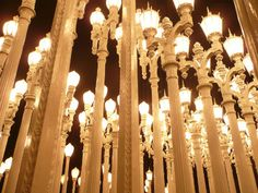 I this light sculpture at LACMA. definitely a neighborhood favorite. Gone With The Wind, Twinkle Twinkle, Fun Stuff, The Neighbourhood, Ceiling Lights, Spaces, Sculpture, Fun Things, The Neighborhood