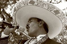 Mariachi - Wikipedia, the free encyclopedia