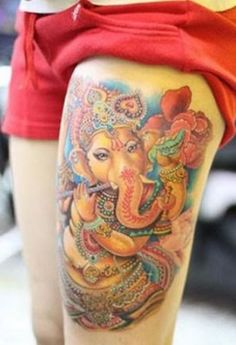 Damn this Ganesh tattoo has massive detailing I know that hurt !!! I'm so intimidated by the detail !