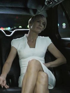 Robin Wright as Claire Underwood - HOUSE OF CARDS - Season 2