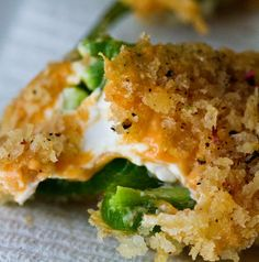 Delicious vegan jalapeño poppers! These are awesome, Super Bowl approved.