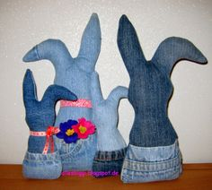 Osterhasen aus Jeanshosen / Easter bunnies made from old pairs of jeans / Upcycling