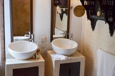Salle de bain, Riad Azahra. Vanity, Bathroom, Morocco, Bath, Dressing Tables, Washroom, Powder Room, Vanity Set, Full Bath