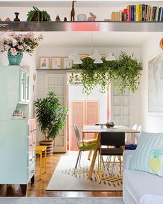 Super Diy Home Decor For Apartments Renting Budget Ideas Ideas - Home Design Diy Home Decor For Apartments Renting, Home Design, Interior Design, Diy Casa, Retro Home Decor, Modern Decor, Home And Deco, House Colors, Living Spaces