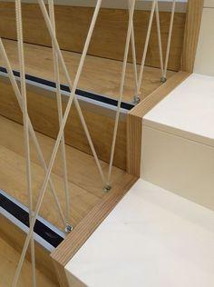 Diy Stair Railing, Staircase Railings, Railing Design, Staircase Design, Railing Ideas, Loft Stairs, House Stairs, Stair Makeover, Modern Stairs