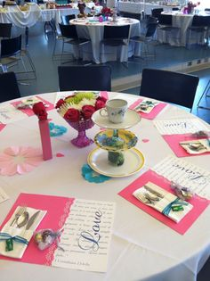 DIY Bridal Shower (Thanks to my mom and Bridesmaids). ❤