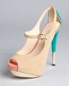 Boutique 9 pumps - Hot!