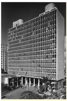 1936 le corbusier Ministry of Education and Health, Rio de Janeiro