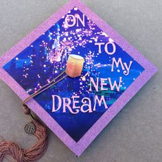 Love the way my cap turned out! #graduation #cap #Disney #Tangled