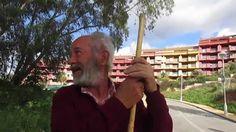 Salvador Márquez on #Espanjalainen kyläpaimen, johon törmäsimme aamulla aikaisin kotikylillä #Fuengirolassa Los Pacosissa. Katso mitä hänellä on kerrotavana...