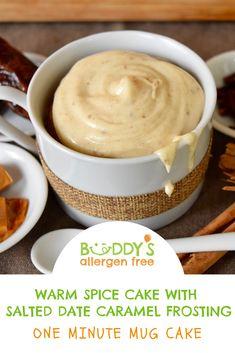 Matcha tea and nettle cake - HQ Recipes Eggless Desserts, Easy Gluten Free Desserts, Vegan Desserts, Easy Desserts, No Egg Mug Cake, Easy Mug Cake, Gluten Free Mug Cake, Vegan Mug Cakes, Cake Glaze