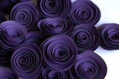 Purple paper flowers for weddings Set of 24 in by KindaCuteCards,