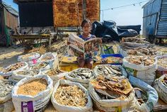 Fisherman's daughter Photo by Indranil Dutta — National Geographic Your Shot