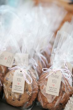 Cuttyhunk Island Wedding from Love Is A Big Deal Even though I sort of spent my entire summer waiting for my favorite season (fall) to arrive, I can't stop missing the warmer weather in the worst way. And this little gem of a wedding sent to us by. Bake Sale Packaging, Baking Packaging, Dessert Packaging, Food Packaging Design, Packaging For Cookies, Brownie Packaging, Chocolate Packaging, Coffee Packaging, Bottle Packaging
