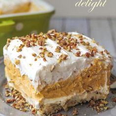 When you think of recipes for fall, you probably think of delicious pumpkin dessert recipes! This Layered Pumpkin Delight is a creamy, dreamy layered dessert that& filled with pumpkin flavor. A pecan crust is topped with a cream cheese layer. 13 Desserts, Pudding Desserts, Dessert Recipes, Layered Desserts, Dessert Ideas, Yummy Treats, Sweet Treats, Yummy Food, Pumpkin Recipes