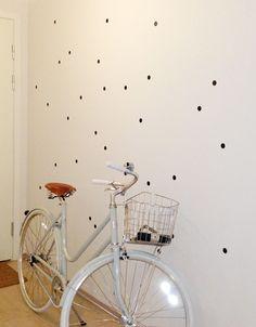 Å ta ungkaren ut av entréen Drill, Stationary, Polka Dot, Home, Design, Hole Punch, Polka Dots, Drills, Ad Home