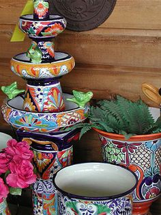Talavera DIY Fountain/Planter, love the bright colored pots for a fountain Diy Garden Fountains, Diy Fountain, Backyard Retreat, Backyard Patio, Outdoor Art, Outdoor Gardens, Auction Projects, Auction Ideas, Talavera Pottery
