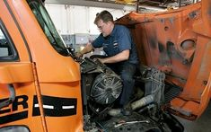 Each day brings a new challenge for diesel mechanics at Schneider, but extensive training and support from shop leaders help them reach success. Mechanic Jobs, New Career, Cummins, The Life, People Like, Farmer, Seo, Work Wear, Diesel