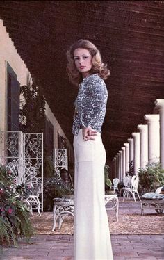 Carolina Herrera, before the designing she was so and as she is today still in society, but now they want to socialize wearing her designs.