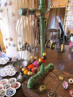Are you about to take the leap into your first craft show?  At a craft show…
