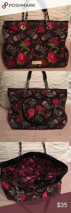 Betsey Johnson Skull/ Rose Bag Betsey Johnson Skull/Rose shoulder bag; great condition; good for every day use- very roomy inside. Betsey Johnson Bags Shoulder Bags