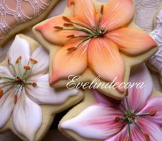 Lilium cookies      http://blog.giallozafferano.it/evelindecora/