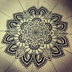 Why Mandala Patterns Are Different? : How To Draw Mandala Patterns. How to draw mandala patterns. Mandala Art, Mandala Design, Mandalas Drawing, Mandala Pattern, Zentangle Patterns, Mandala Tattoo, Zentangles, Paisley Design, Patterns To Draw