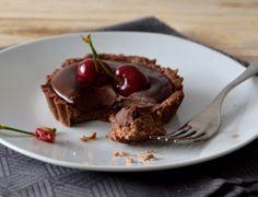 Tarteletes de chocolate com cerejas
