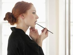 Beauty How-To: Blasse Lippen #blass #lippen #howto #diy #schminke #scminktutorial #tutorial #nude #nudelook #nudelippen