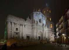 Valladolid Cathedral: Façade