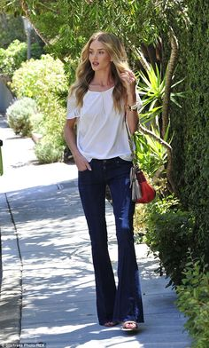 Rosie Huntington-Whiteley wearing Chloe Boudoir Slouchy Bag, Tiffany T Cutout Cuff, Paige Denim Blue Lou Lou Flare Jeans in Dylan, Tiffany Rosie Huntington Whiteley, Paige Denim, Mode Style, Style Me, Rapunzel, T Shirt Branca, Classy And Fabulous, Denim Fashion, Street Fashion