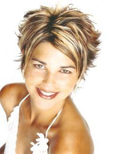 coupe de cheveux courte femme
