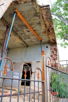 Jerome's sliding jail slid over 200 feet onto one of the town's main streets Jerome Arizona, Ghost Towns, Wander, First Time, Vacation, Travel Tips, Destinations, Copper, Outdoors