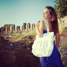 Photoshoot in historical Nicopolis with Romina wearing our wite ruffled tote Leather Totes, Unique Bags, White Leather, Bag Accessories, Reusable Tote Bags, Photoshoot, Shoulder Bag, How To Wear, Etsy