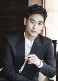 "Kim Soo Hyun's Post-""You Who Came From The Stars"" Interview Photos"