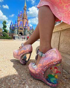 "@runawaylamb on Instagram: ""The dreamiest shoes walking the dreamiest street ✨✨✨✨🌈💘🏰"" Cosplay Boots, Pastel Goth, Disney Love, Sanrio, Mary Janes, Character Shoes, Harajuku, Pop Art, Peep Toe"