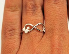 Mickey Mouse Infinity Ring - via Etsy. ~ Love! Love! Love!!!! Want! Need!! <3 <3  For the Arndt girls