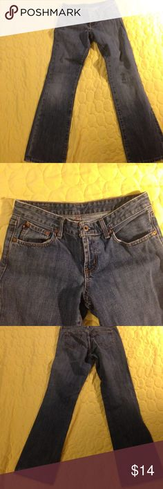 Ralph Lauren jeans size 6. Ralph Lauren jeans size 6. Inseam 33. These are 100% cotton. Gently worn, little wear on cuff. Lauren Ralph Lauren Jeans
