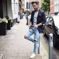 punkmonsieur: Casual mode on Mens Fashion Blazer, Mens Fashion Blog, Look Fashion, Fashion Guide, Daily Fashion, Fashion 2020, Fashion Ideas, Style Costume Homme, Mode Blog