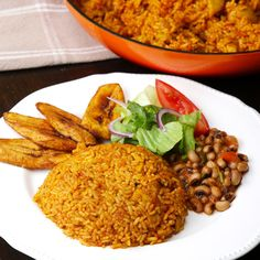 Get Out Of Your Cooking Rut With This Nigerian Chicken Jollof Rice - Anne Hillerman - African Food Rice Recipes, Chicken Recipes, Cooking Recipes, Healthy Recipes, Dinner Recipes, Recipe Chicken, Turkey Recipes, Yummy Recipes, Kitchens