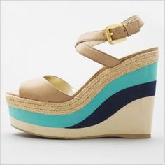 Wedge sandals with turquoise