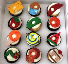 The very hungry caterpiller cupcakes