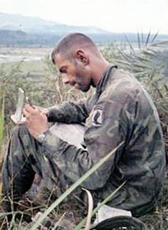 Virtual Vietnam Veterans Wall of Faces | STEPHEN E BOOTS | ARMY